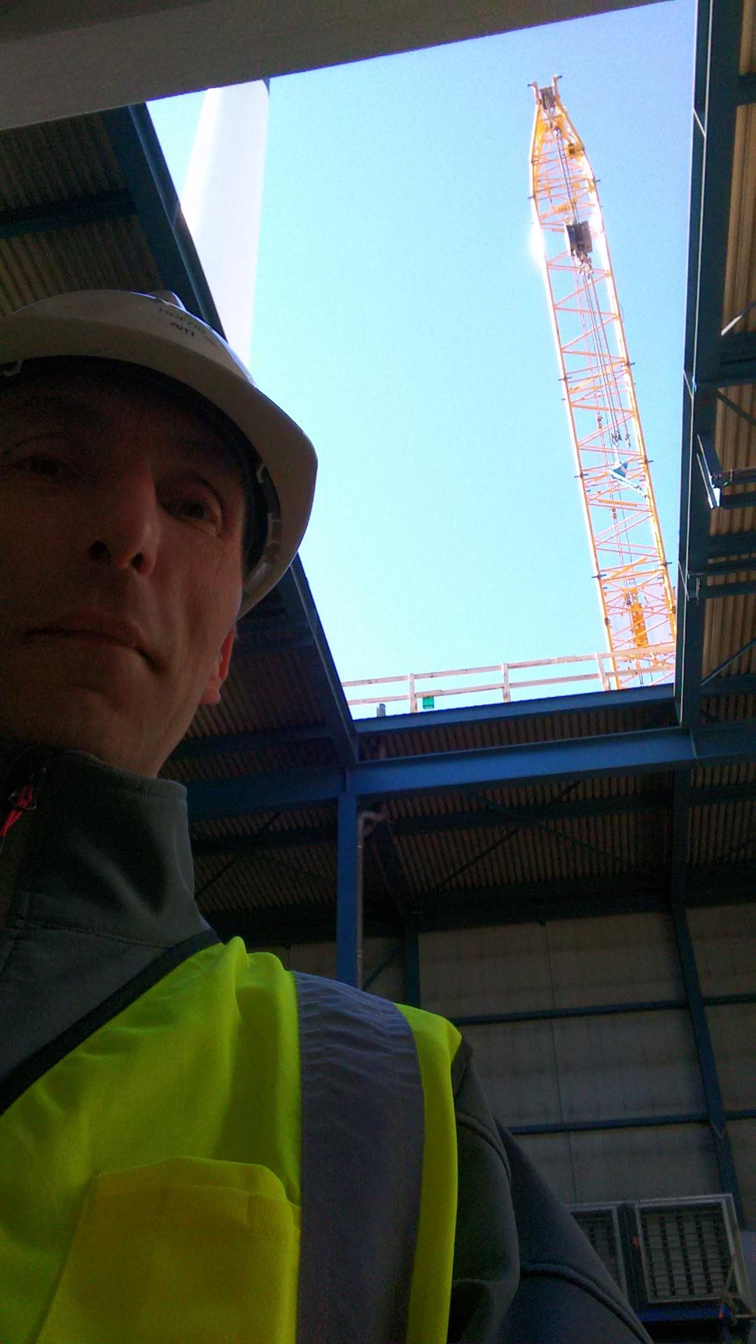 Her forbereder jeg flyverutenruten til ned og opstigning gennem hul i taget